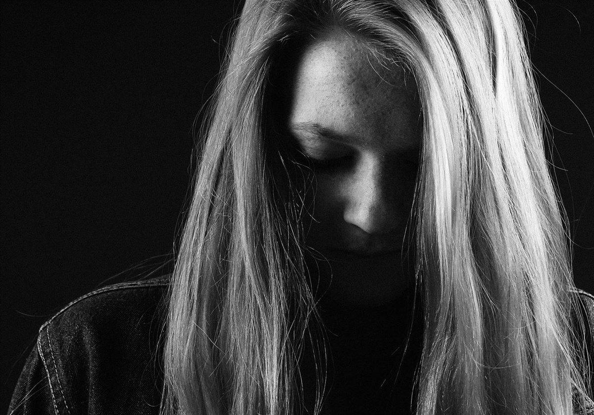 Cutting, cómo ayudar a una persona que se autolesiona
