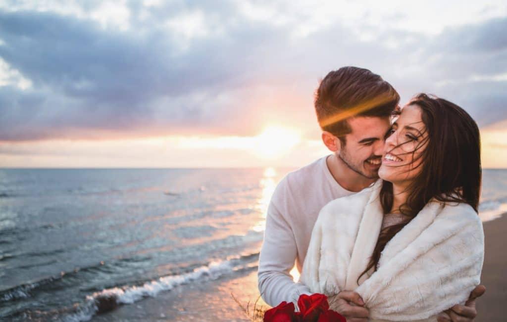 terapia de pareja barcelona psicoemocionat - pareja feliz